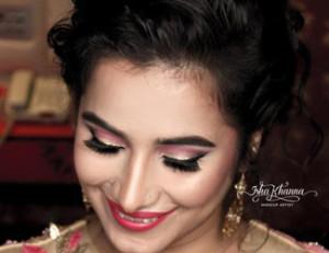 Isha Khanna Makeup Artist
