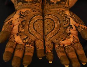 Henna Divine